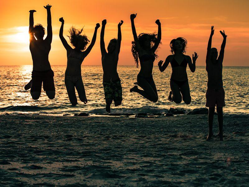 Calabria strand kids zonsondergang
